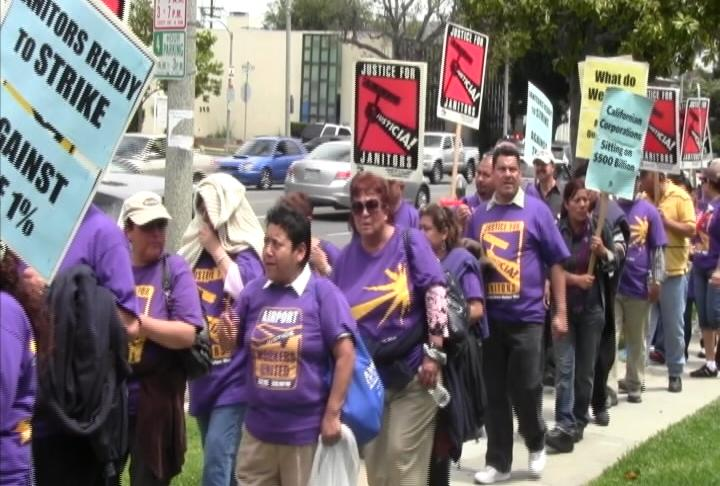 L.A. janitors gathered Wednesday to protest low salaries and benefits (Photo courtesy ATVN).
