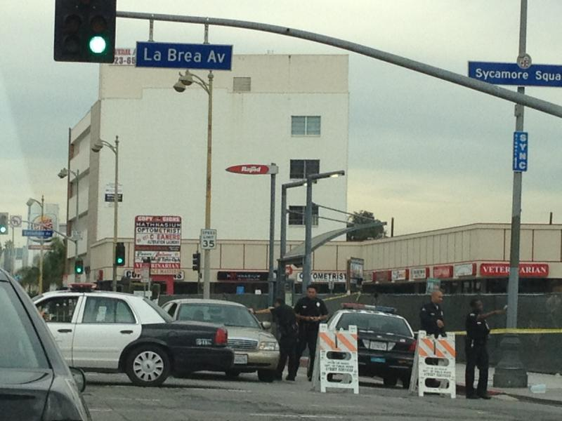 Police surround La Brea Avenue after Miracle Mile shooting. (Photo courtesy Sharareh Drury)